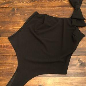 One shoulder bodysuit with bow on shoulder